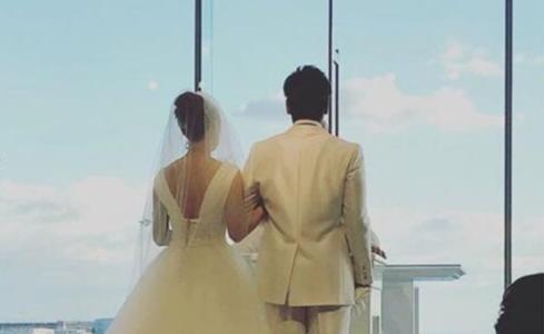 【顔画像】梅野隆太郎の嫁はスタイル抜群の美人!?馴れ初めやプロポーズがおしゃれすぎ!